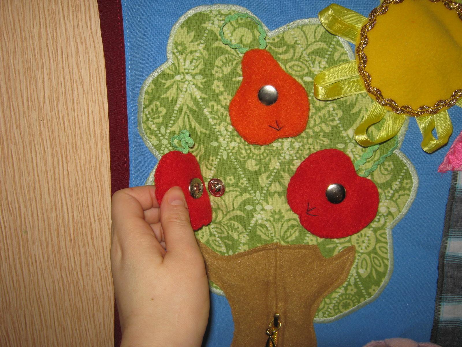 Панно из ткани для детских своими руками